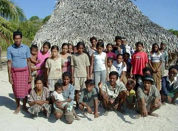 インドネシアの家族.jpg