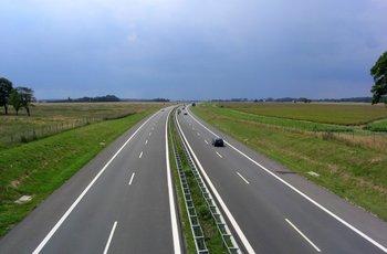 ドイツ高速.jpg