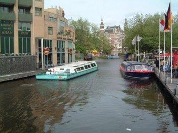 運河Amsterdam.jpg